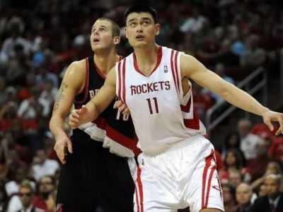 易建联nba最高分 姚明NBA生涯最高得分为41分